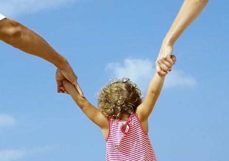 111ПРАВА Й ОБОВ'ЯЗКИ БАТЬКІВ ПО ВИХОВАННЮ ДІТЕЙ